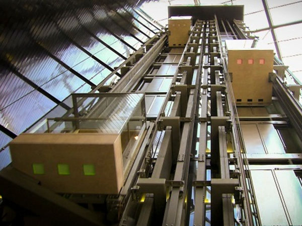 Riksa Uji Pesawat Elevator Eskalator